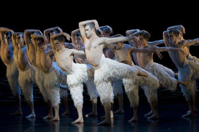 Matthew Bourne's Swan Lake at Ahmanson Theatre